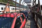 Thumbnail loading of cars - Tauerntunnel between Carinthia and Salzburg - Austria