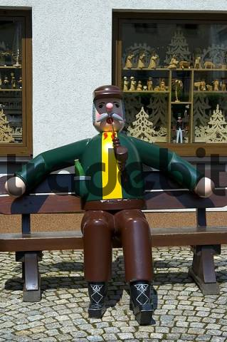 Product picture Sitzender giant Smoking Man, Christmas village Seiffen Germany